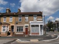 Flat to rent in Aldworth Road, London...