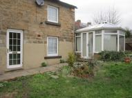 2 bedroom house to rent in Church Street, Royston...