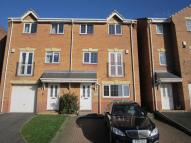 house to rent in Foxen Croft, Barnsley...