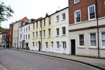 2 bed Flat in Flat 2, 30 High Pavement...