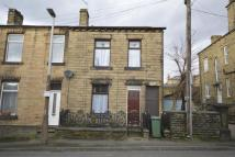 property to rent in Church Street, Heckmondwike, WF16