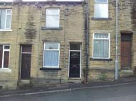 Woodhouse Road semi detached house to rent