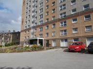 2 bed Flat in Kennedy House Hainworth...