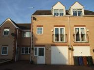 4 bed home in Carrwood Close...