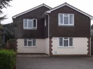 Flat to rent in Rookwood Road...