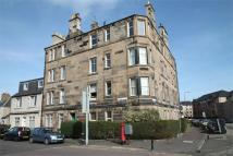 2 bedroom Flat for sale in Roseburn Avenue...