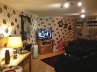 Ground Flat to rent in Navigation Drive...