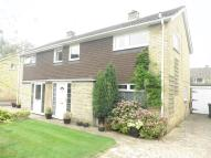 3 bed semi detached house in HUNTERS CLOSE...