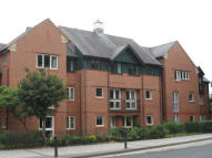 1 bed Apartment in Squires Court...