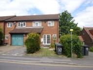 4 bedroom semi detached property in Downs Road, Luton, LU1