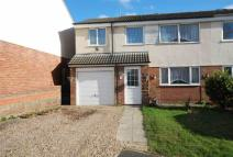 4 bed semi detached property for sale in Magellan Close, Rothwell