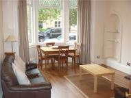 Flat to rent in Arundel Drive...