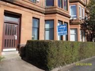 Flat to rent in Alexandra Parade...