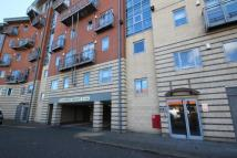 3 bed Flat in River View Low Street...