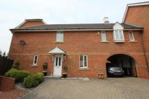 4 bed semi detached property in Kineton Way...