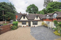 semi detached house in Buckland, Surrey