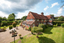 4 bed Cottage for sale in Newdigate, Surrey
