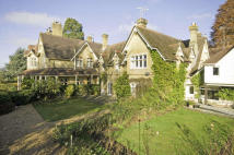 Apartment for sale in Betchworth, Surrey