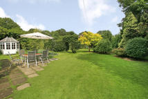 4 bed Detached home in Holmwood Corner...