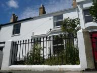 2 bedroom house in  *****BEAUTIFULLY...