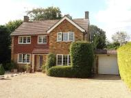 4 bedroom Detached home in Lower Road, Great Bookham