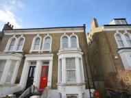 3 bedroom Flat in Clifton Road, London...