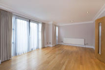 3 bedroom Flat to rent in North End Way, Hampstead