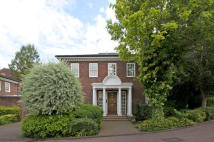 5 bedroom property to rent in Beaumont Gardens...