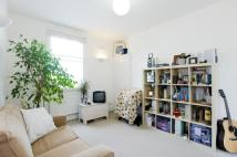 Flat to rent in Lutton Terrace, Hampstead