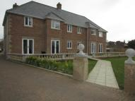 2 bed Apartment in Bowes Hill...