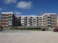 Apartment to rent in Sea Front, Hayling Island