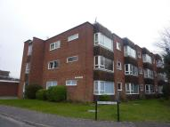 1 bedroom Flat in Kingfisher Court...