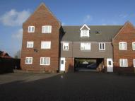 2 bedroom Maisonette to rent in East Street, Havant