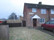 2 bed semi detached property in Foxcott Grove