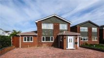 5 bedroom Detached house for sale in Chiltern Drive, Charvil...