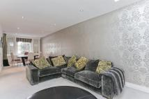3 bed house in Hamilton Gardens...