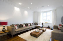 6 bed property in St Johns Wood Road...