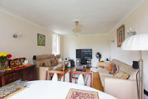 Flat to rent in Boundary Road...