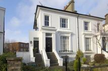 2 bed Flat to rent in Priory Road...