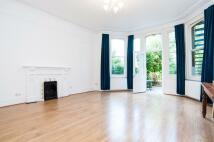 2 bedroom Flat to rent in Greencroft Gardens...