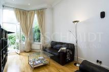 2 bed Flat to rent in Greencroft Gardens...