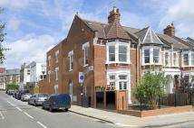 2 bed Flat to rent in Hillfield Road...