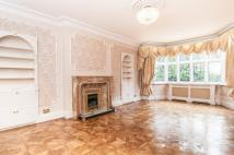5 bed property in Hocroft Avenue...