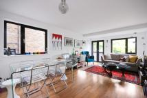 2 bedroom Flat to rent in Goldhurst Terrace...