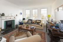 Flat to rent in Highgate West Hill...
