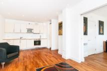 2 bedroom Flat to rent in Crouch End Hill...