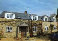 Detached home in  Cobblestones...