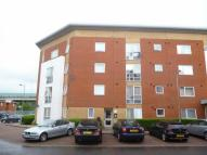2 bedroom Flat in Albatross Close, London...
