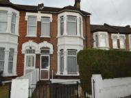 4 bed semi detached house in Crescent Road, LONDON...