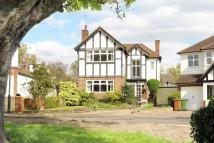 3 bedroom Detached property for sale in The Lawns, HATCH END
